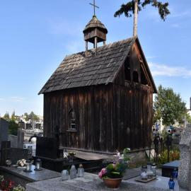 Remont zabytkowej kaplicy na cmentarzu klasztornym w Jędrzejowie rozpoczęty