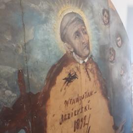 W jędrzejowskim klasztorze mimo epidemii prace renowacyjne nadal trwają!
