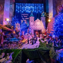 Bardzo ciekawą Szopkę Bożonarodzeniową ustawiono w Klasztorze oo. Cystersów w Jędrzejowie