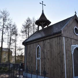 Ukończono prace nad rekonstrukcją kapliczki na klasztornym cmentarzu parafialnym w Jędrzejowie